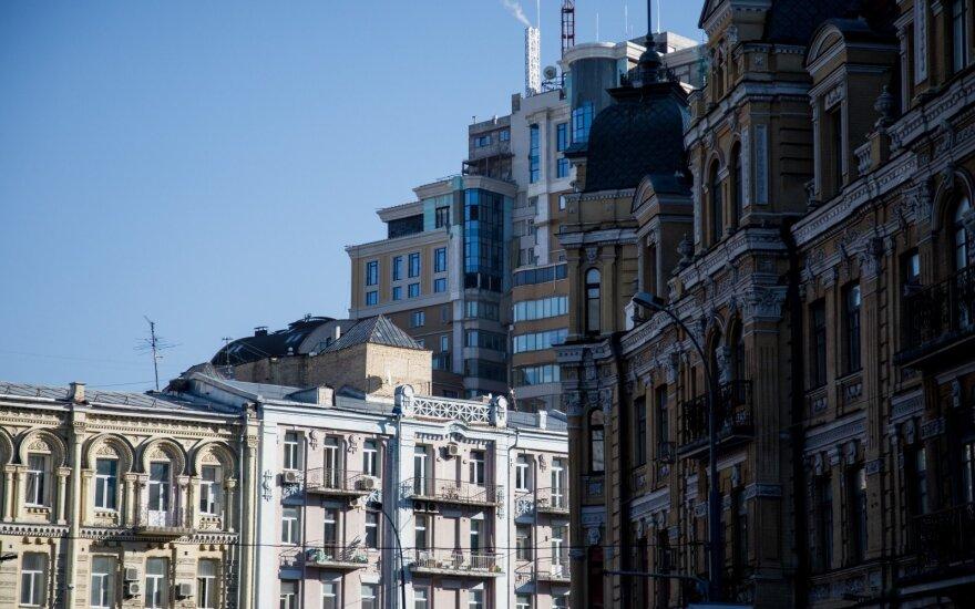 Butus Ukrainoje šluote šluoja: Vakarų pasaulis tokių kainų nematė