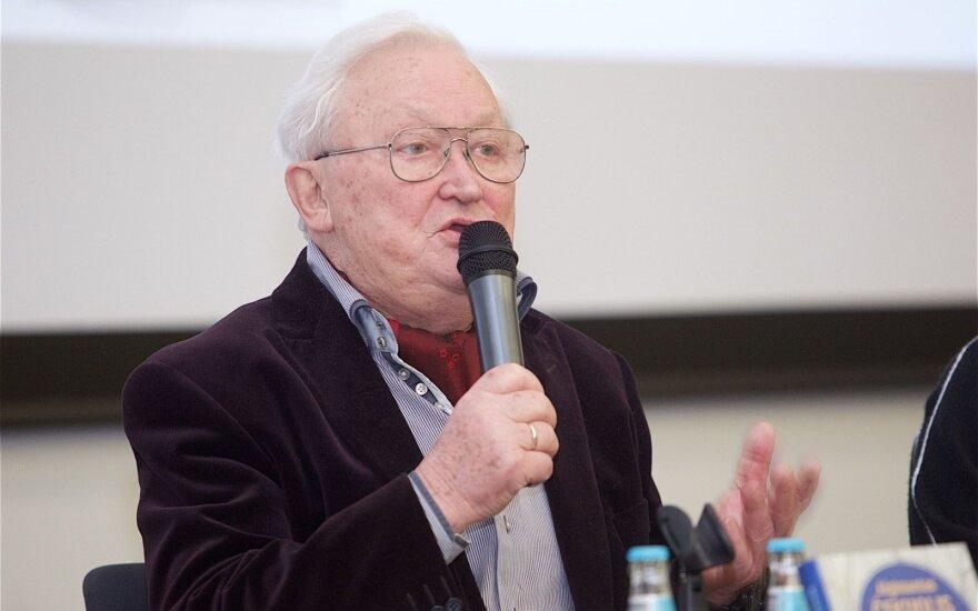 Naujausią savo knygą A. Čekuolis rašė visą gyvenimą ir vienerius metus