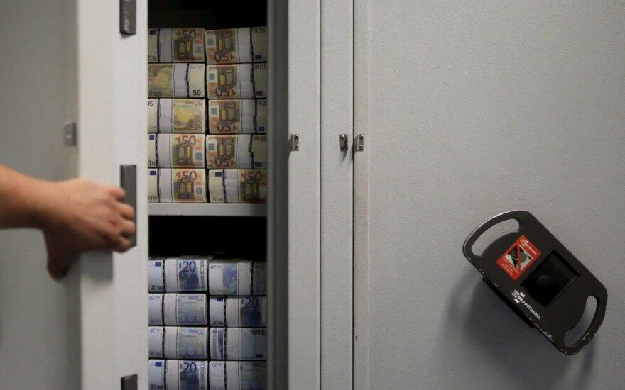 Į metų pabaigą Lietuvoje mokėti dosnūs didžiausi atlyginimai