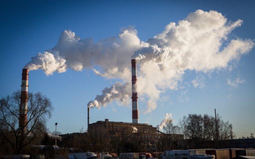 """Stokholmo arbitražas sprendimą VŠT ir """"Vilniaus energijos"""" ginče nukėlė dar savaitei"""