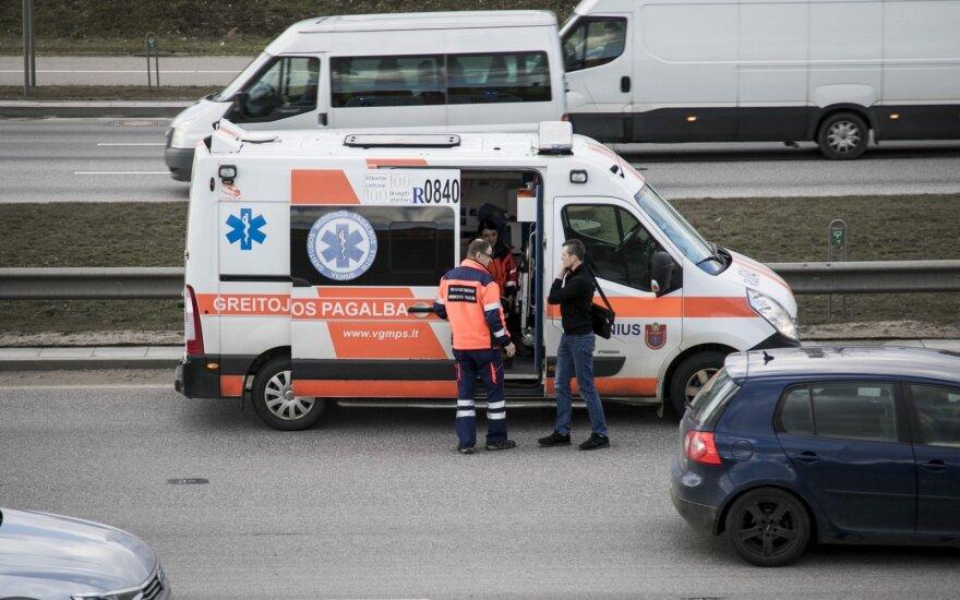 Judrioje sostinės gatvėje įvyko masinė avarija, susidarė spūstis