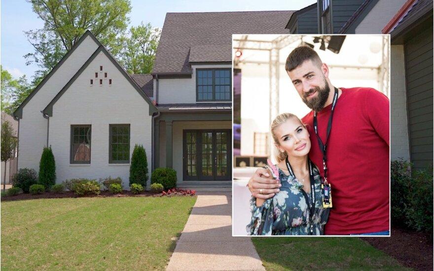 """J. Valančiūnas su žmona įsigijo namus JAV / Foto: DELFI / """"Uhlhorn Brothers Construction""""/ Realtor.com"""