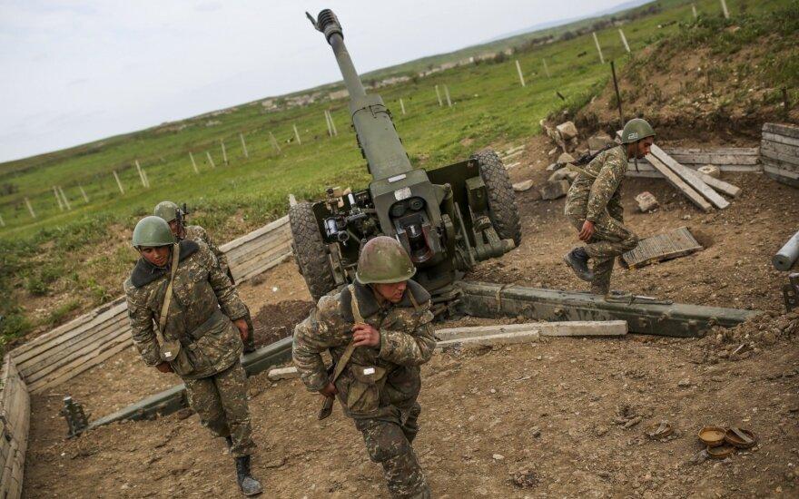 Linkevičius: Lithuania calls on Armenia and Azerbaijan to stop military action