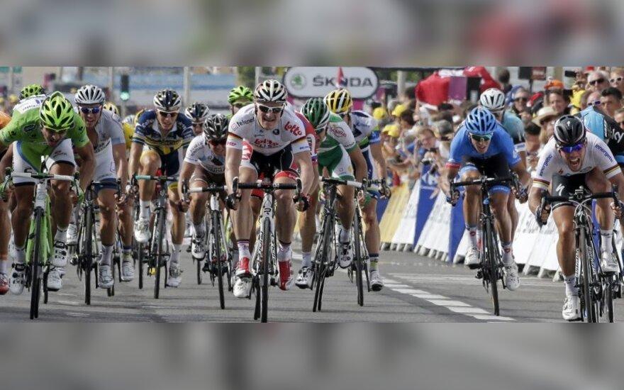 """""""Tour de France"""" dviratininkų lenktynių 5-o etapo finišas"""