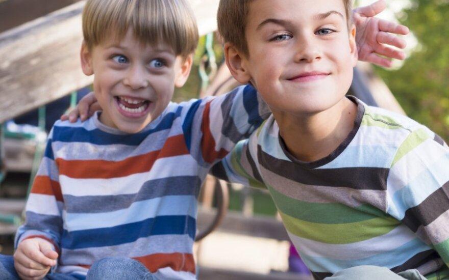 Medikų dilema - ar gydyti emigrantų vaikus