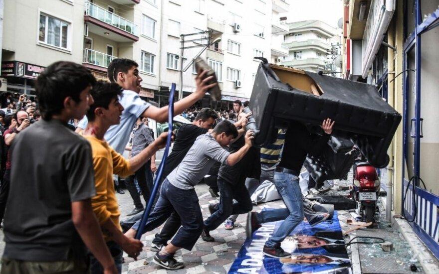 Po tragedijos Turkijos anglies kasykloje kilo protestai