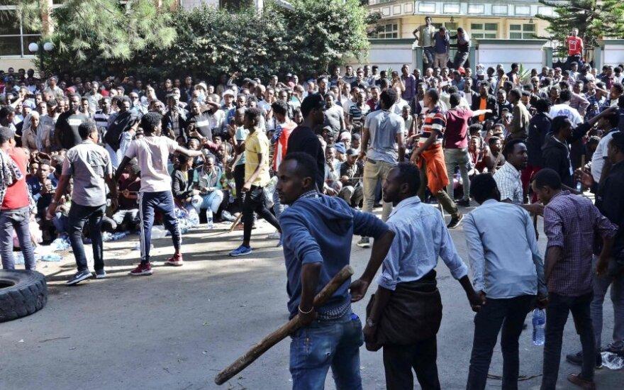 Etiopijoje per protestus prieš premjerą Abiy Ahmedą žuvo mažiausiai 16 žmonių