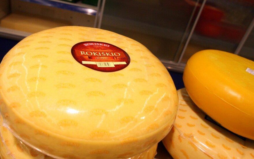 """""""Rokiškio sūris"""" pusmečio nuostolius sumažino 2,3 karto"""