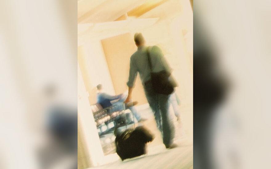 Oro uostas, keleviai, išvykimas