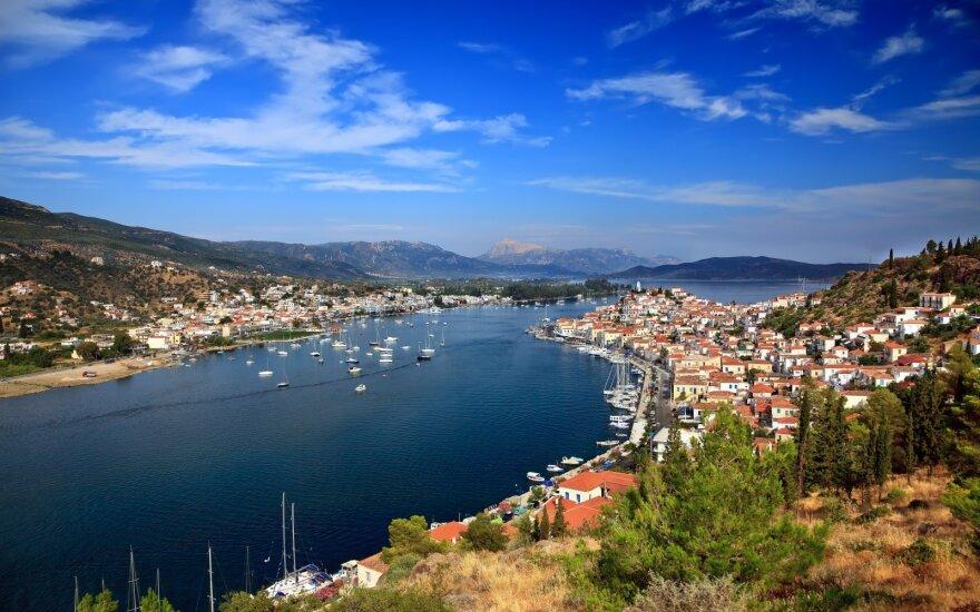 Graikija įvedė karantino apribojimus turistų pamėgtoje saloje