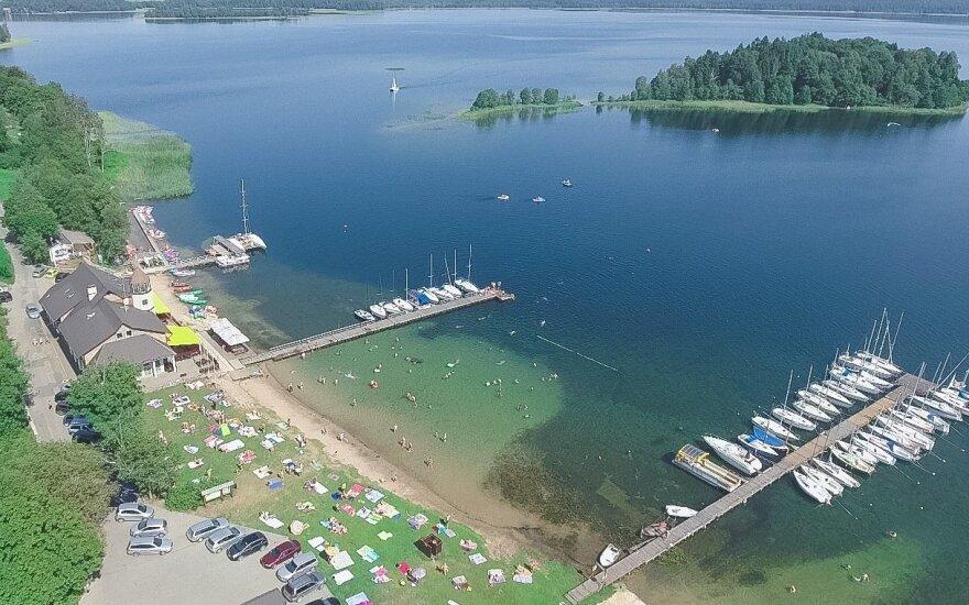 Platelių ežero krantinė