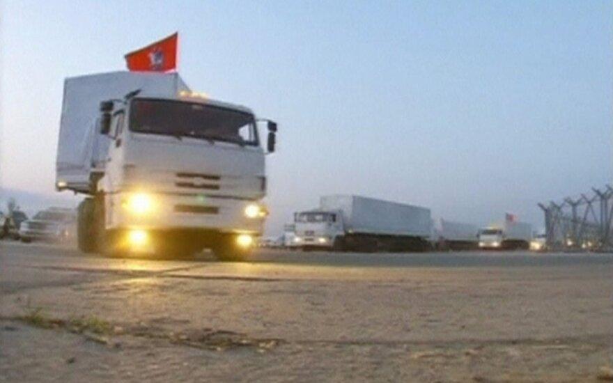 Kas slepiama humanitarinę pagalbą gabenančiuose vilkikuose?