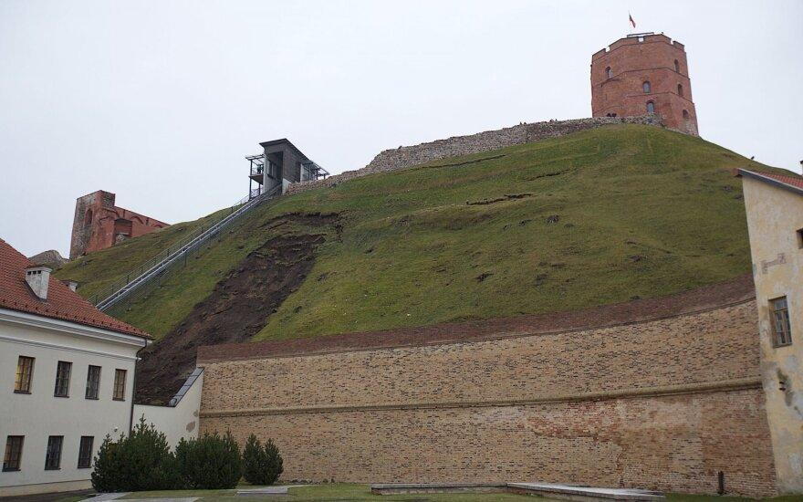 Minister calls for emergency protocol over Vilnius landmark
