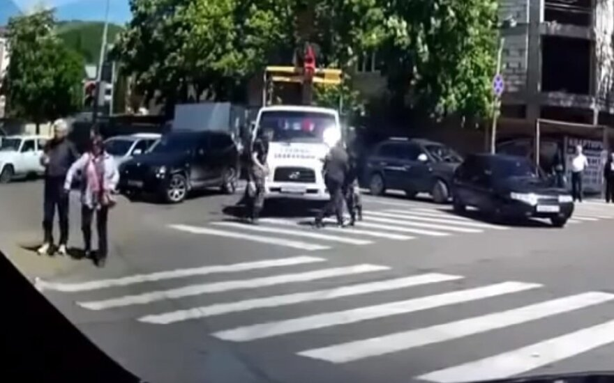 Pykčio protrūkiai keliuose