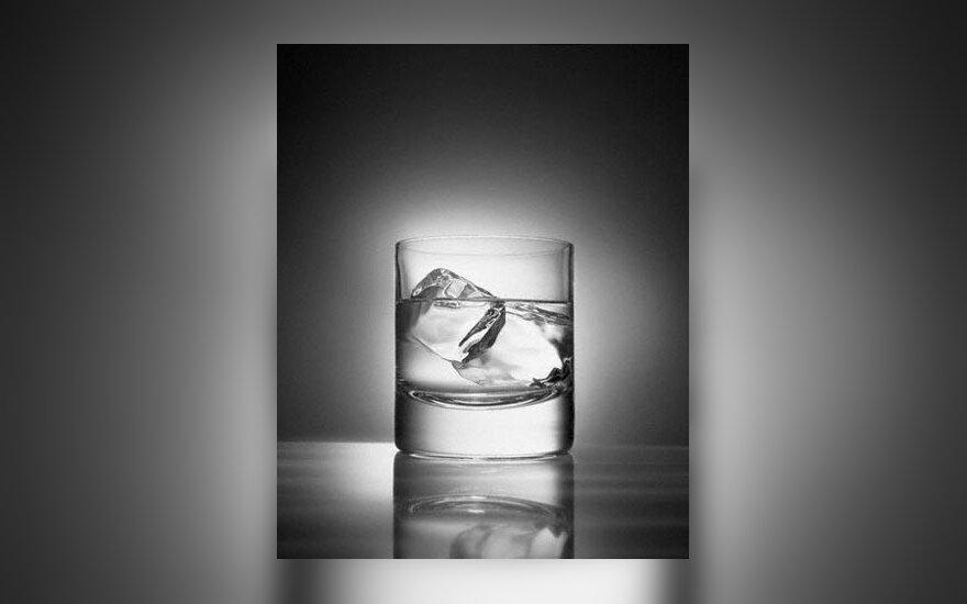viskis, brendis, alkoholis
