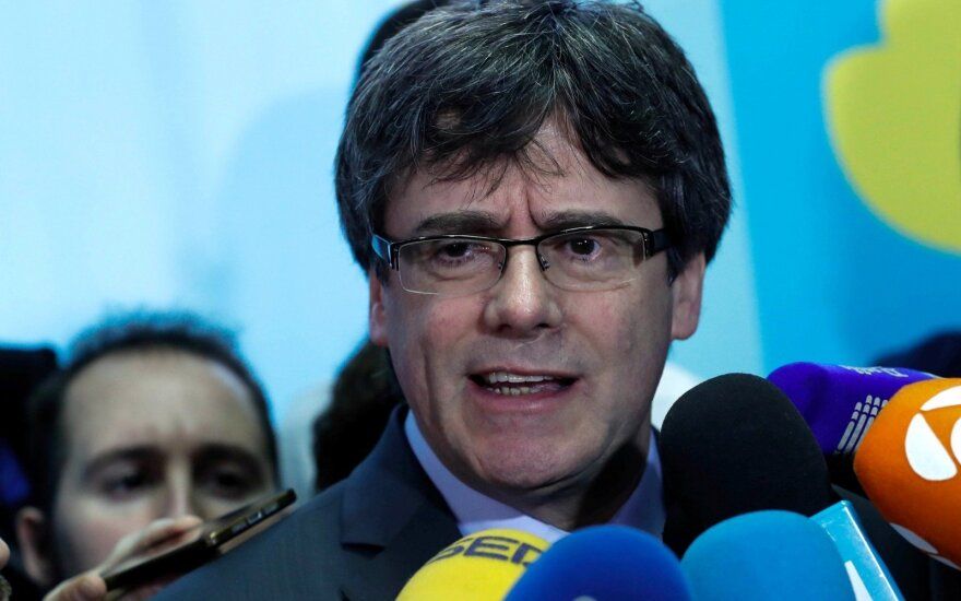 Ispanijos teismas nurodė sustabdyti Puigdemont'o parlamentaro įgaliojimus