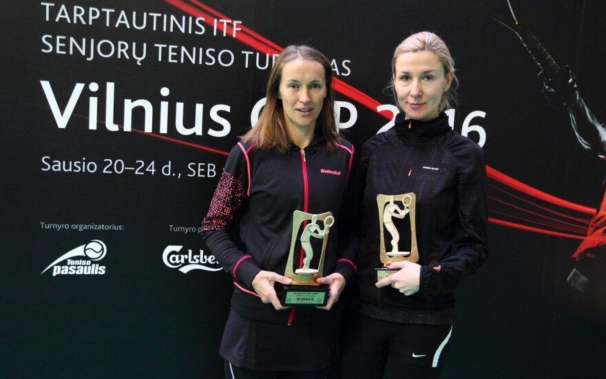 Gabrielė Lencina (kairėje)