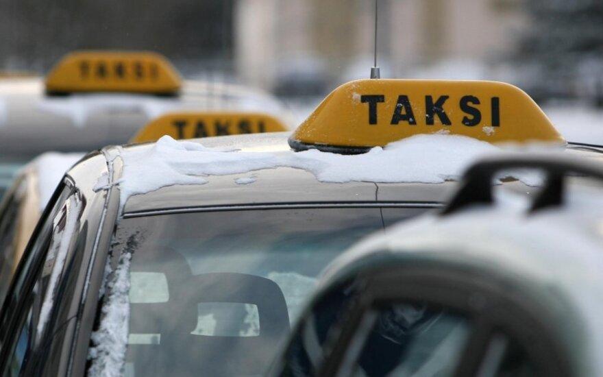 Sąskaita pasipiktinusi vilnietė policijai apskundė taksistą – jam skirta 300 Lt bauda