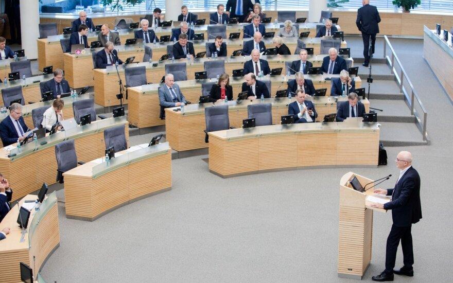 Seimas – prieš PVM lengvatas pirmajam būstui ir kūdikių maistui
