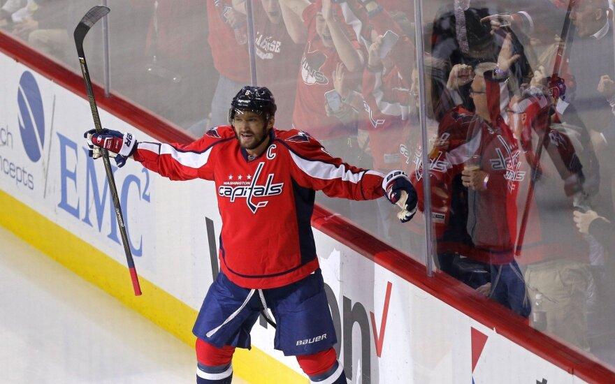 Rusų superžvaigždė A. Ovečkinas pelnė tūkstantąjį savo tašką NHL – tai padarė įspūdingai