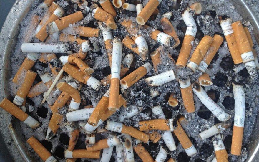Pakelių tyrimas: nelegalūs rūkalai užima trečdalį rinkos