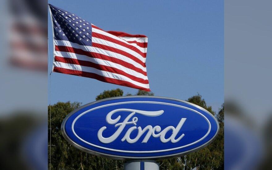 """""""Ford"""" per ketvirtį uždirbo 2,1 mlrd. JAV dolerių"""