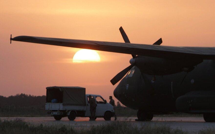 Pentagonas tikisi iki lapkričio Afganistane liks mažiau nei 5 000 karių