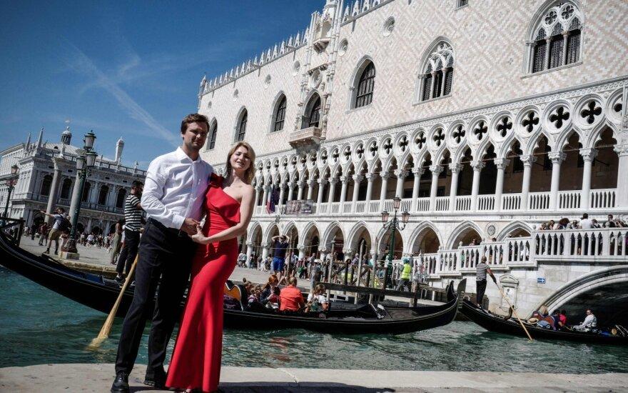 """""""Venecija miršta"""": miesto gyventojai balsuos dėl jo padalinimo į dvi dalis"""