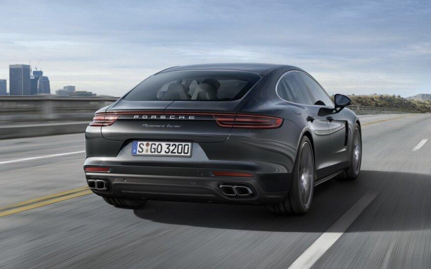 "Universalą pagamins ant ""Porsche Panamera"" bazės"