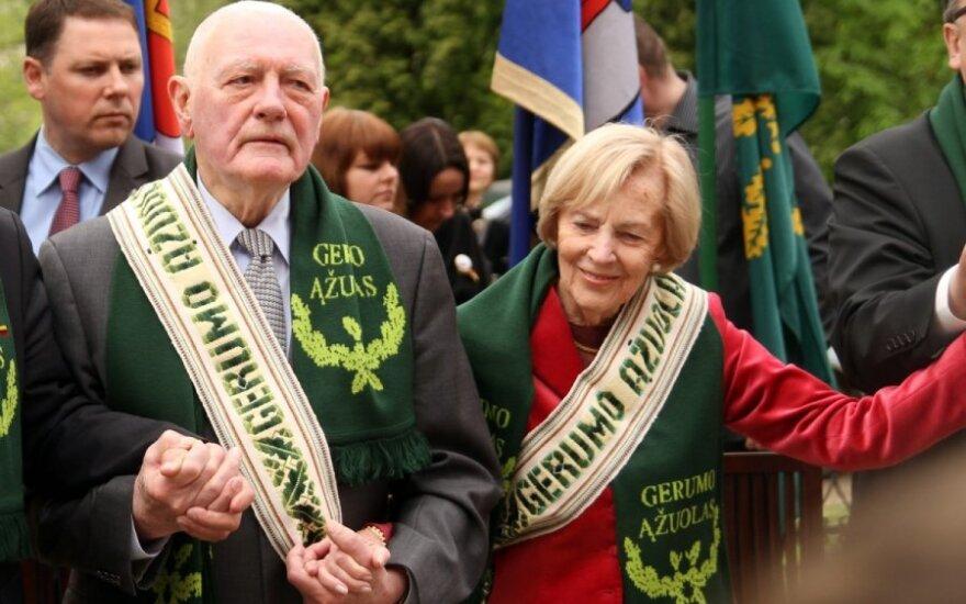 V. Adamkus nusprendė, kur vyks: ar į T. Manno festivalį, ar į D. Grybauskaitės inauguraciją