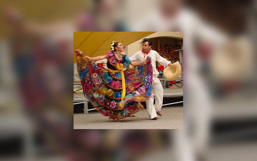 Meksikiečių folkloro grupė