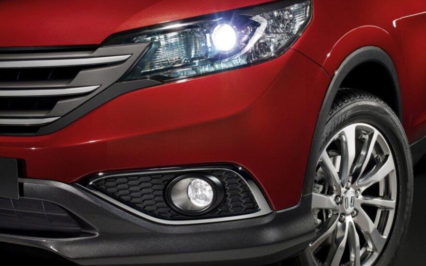 """""""Honda"""" atšaukia beveik 750 tūkst. automobilių JAV ir Kanadoje"""