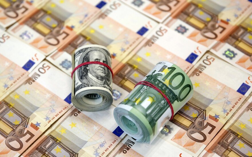 Vyriausybė daugiau nei 2 metams pasiskolino 15 mln. eurų