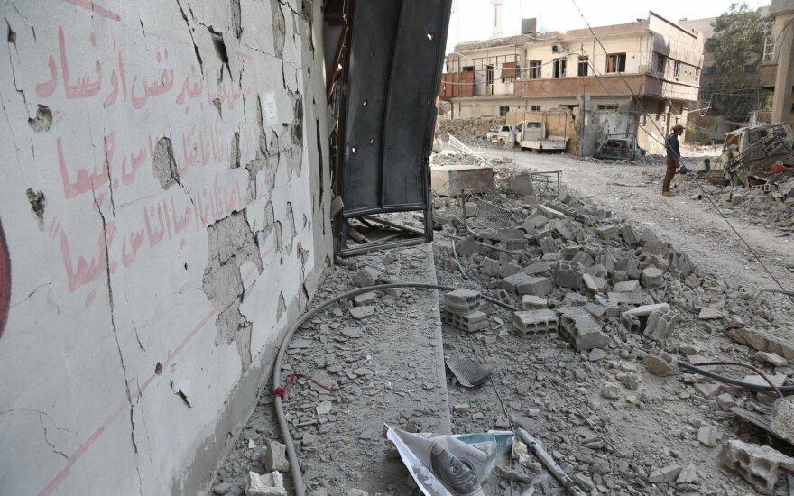SOHR: per septynerius Sirijos karo metus žuvo daugiau kaip 350 tūkst. žmonių