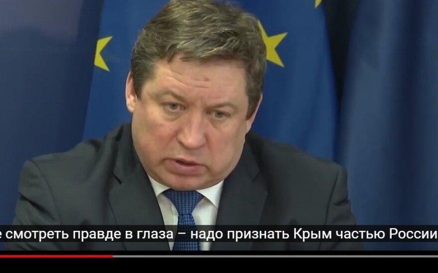 Naujas išpuolis prieš Lietuvos ministrą: kaltina pripažinus Krymą Rusijai