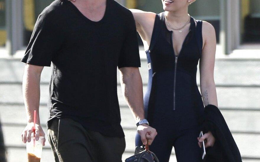Miley Cyrus ir Patrickas Schwarzeneggeris
