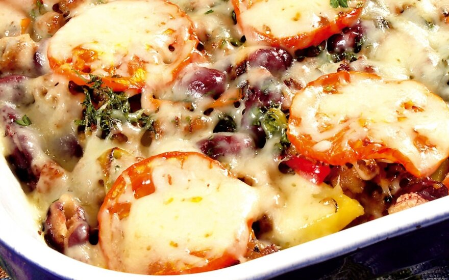Bulvių ir maltos mėsos apkepas