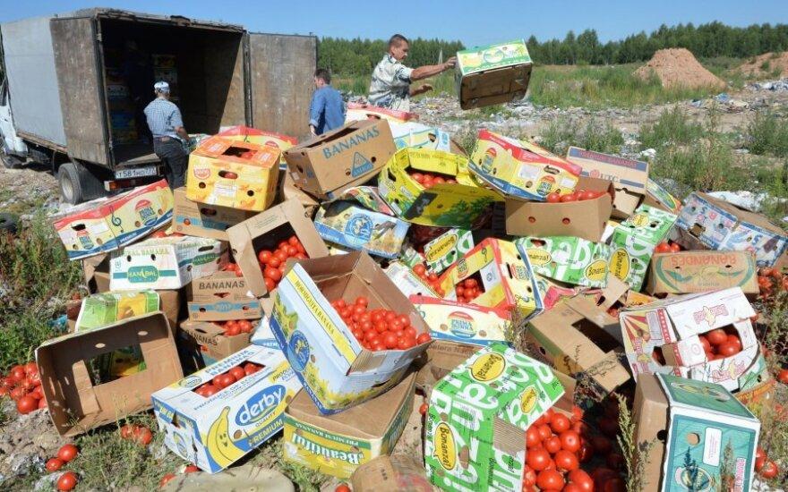 Kremliaus įvestas maisto embargas saviems piliečiams per metus kainuoja 6,3 mlrd. eurų
