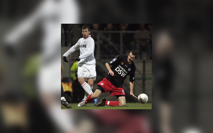 Kovoja Belgijos ir Kazachstano futbolininkai