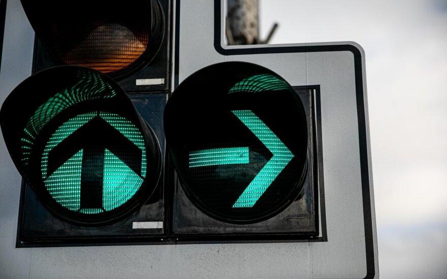 Pilaitės prospekte bus įrengta šviesoforais reguliuojama sankryža