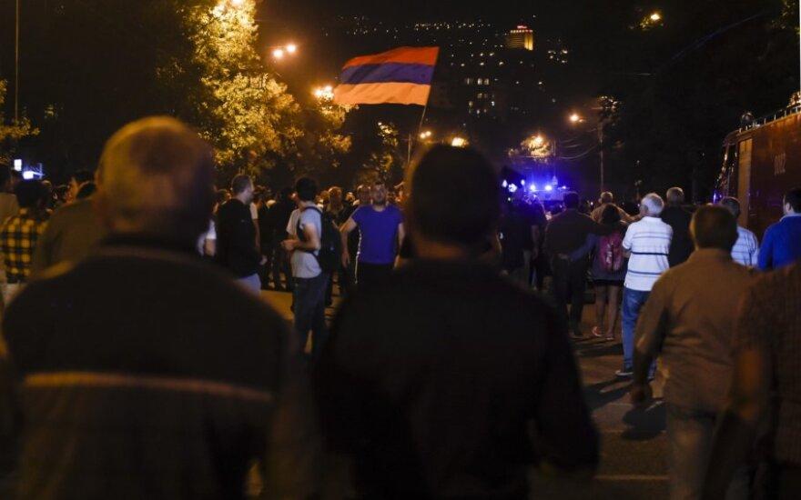 Nikolo Pashinyano rėmėjų demonstracija