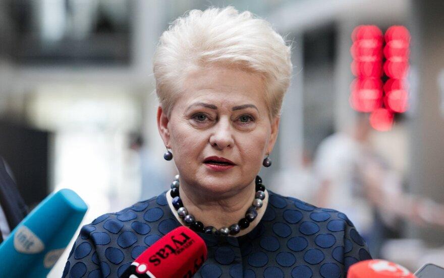 Slaptos pažymos skandalas, pakišęs koją Grybauskaitei