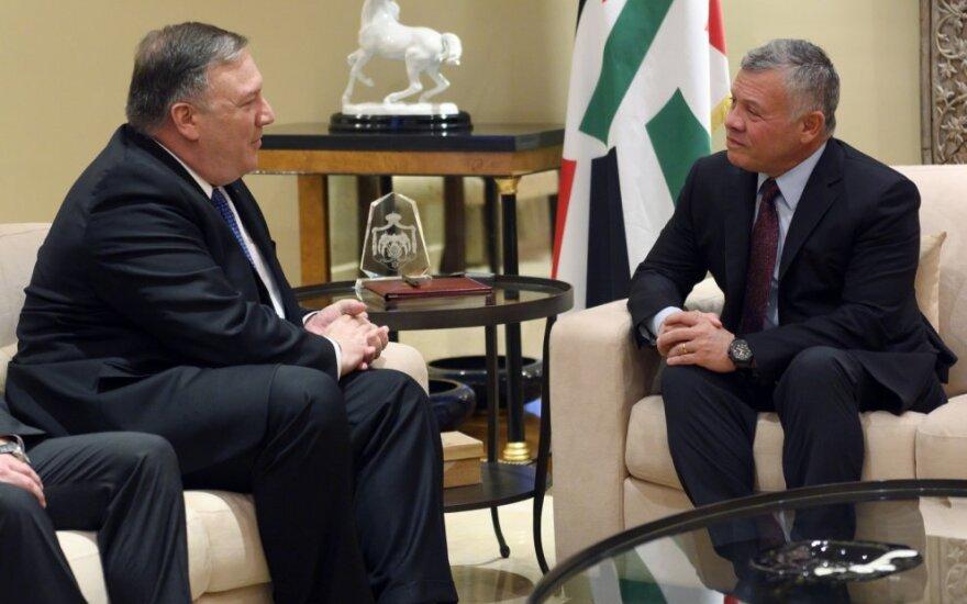 Per iš anksto neskelbtą vizitą Bagdade Pompeo susitiko su Irako pareigūnais