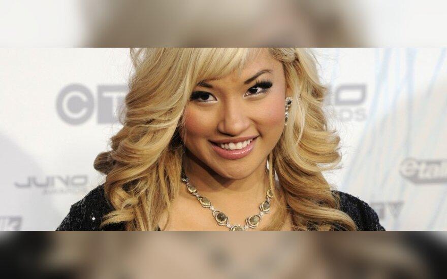 Kanadiečių aktorė ir dainininkė Elise Estrada