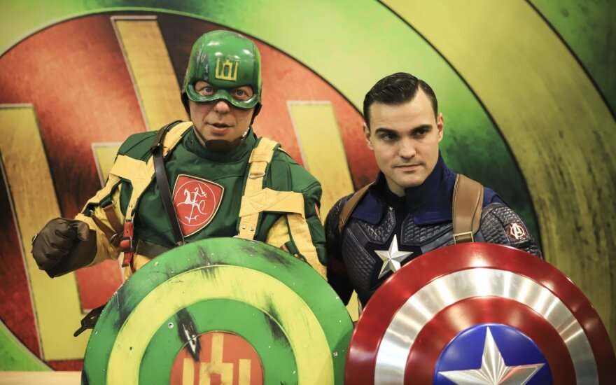 The meeting of Captain Lithuania and Captain America took place in Vilnius (nuotr. I. Budzeikaitės)