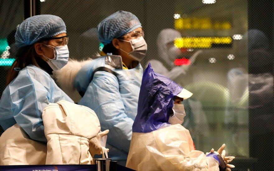 Kinija pranešė apie dar 28 mirtis nuo koronaviruso