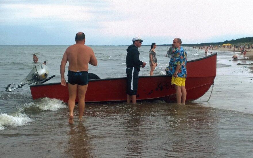 Pajūrio savivaldybės norėtų organizuoti prekybą šviežia žuvimi iš laivelių