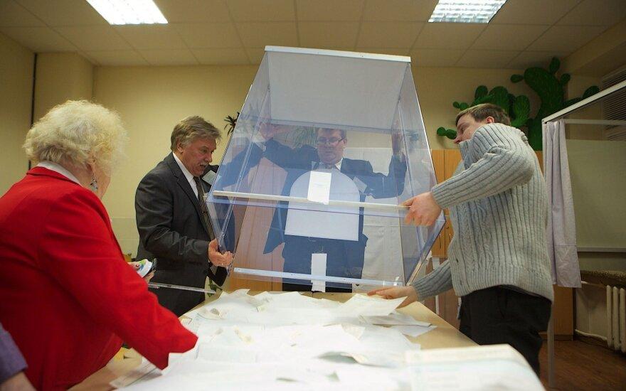 Parlamente – užmojis kitąmet surengti ir Seimo, ir tiesioginius seniūnų rinkimus