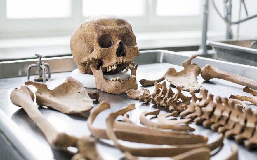 """Prieš 30 metų rasti """"vampyro"""" palaikai: DNR tyrimai pagaliau parodė, kas jis buvo"""