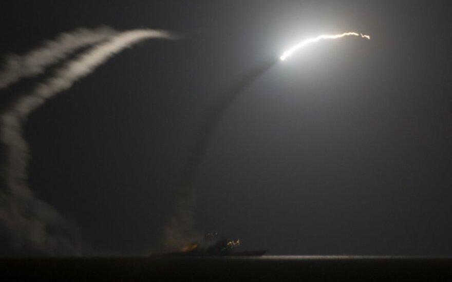 Sąjungininkų pajėgos surengė naujus smūgius Sirijoje ir Irake